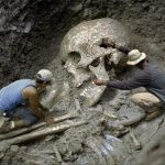 10 Evidences Proof the Nephilim Skeletons is Real