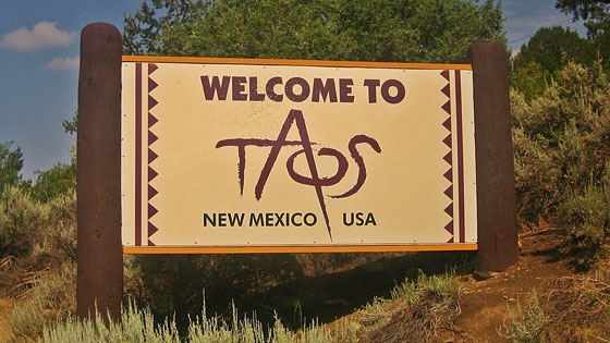 taos-hum-location