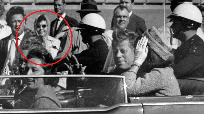 babushka-lady-and-the-kennedy-assassination