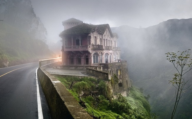 Top 10 Creepy Stories of Hotel Del Salto Haunted – Mysterious Monsters
